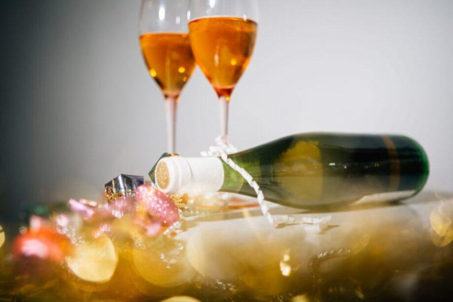 キラキラ光るシャンパン