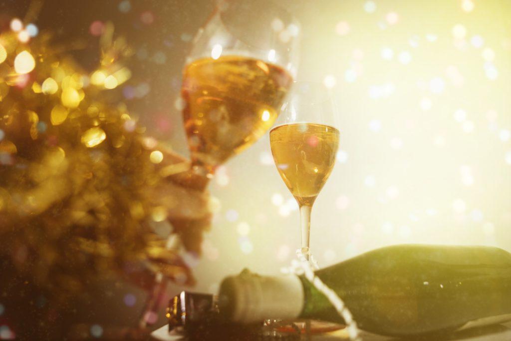 パーティーでの乾杯