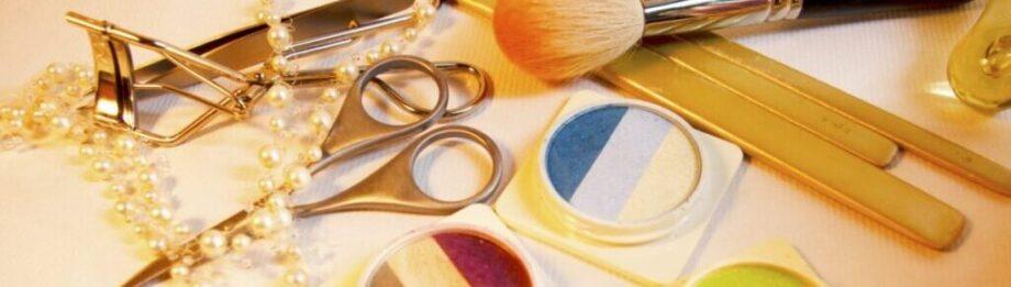 色とりどりの化粧品たち