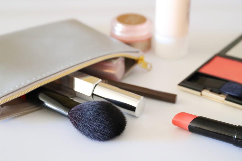 化粧用のブラシ