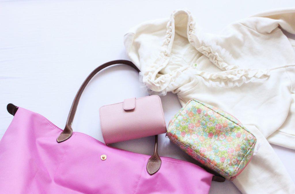ピンク色の可愛い小物たち
